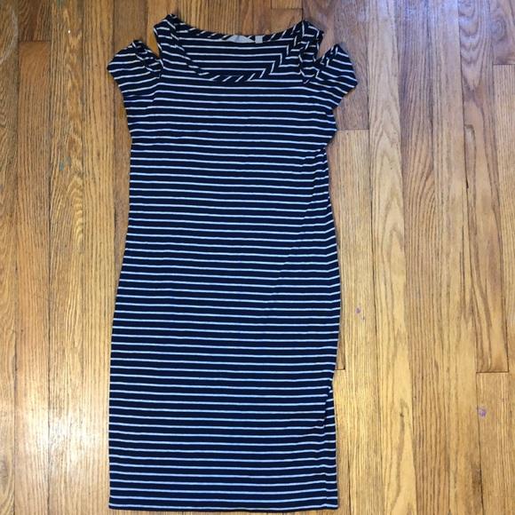Athleta Dresses & Skirts - Athlete Cold Shoudler Tee Shirt Dress